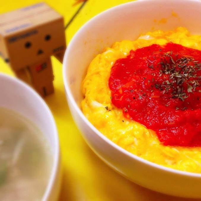 男子メシ丼の真骨頂!丼で食べるオムライス丼【ある日のカフェ飯:013】