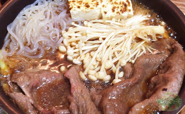 牛タン焼きとすき焼きでひとり立ち飲み【ある日のカフェ飯:030】